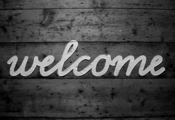 Black & White Wooden Welcome Sign with Cursive Font